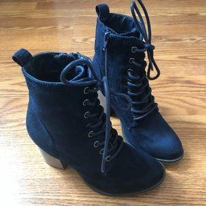 Merona Size 6 Navy Blue Booties